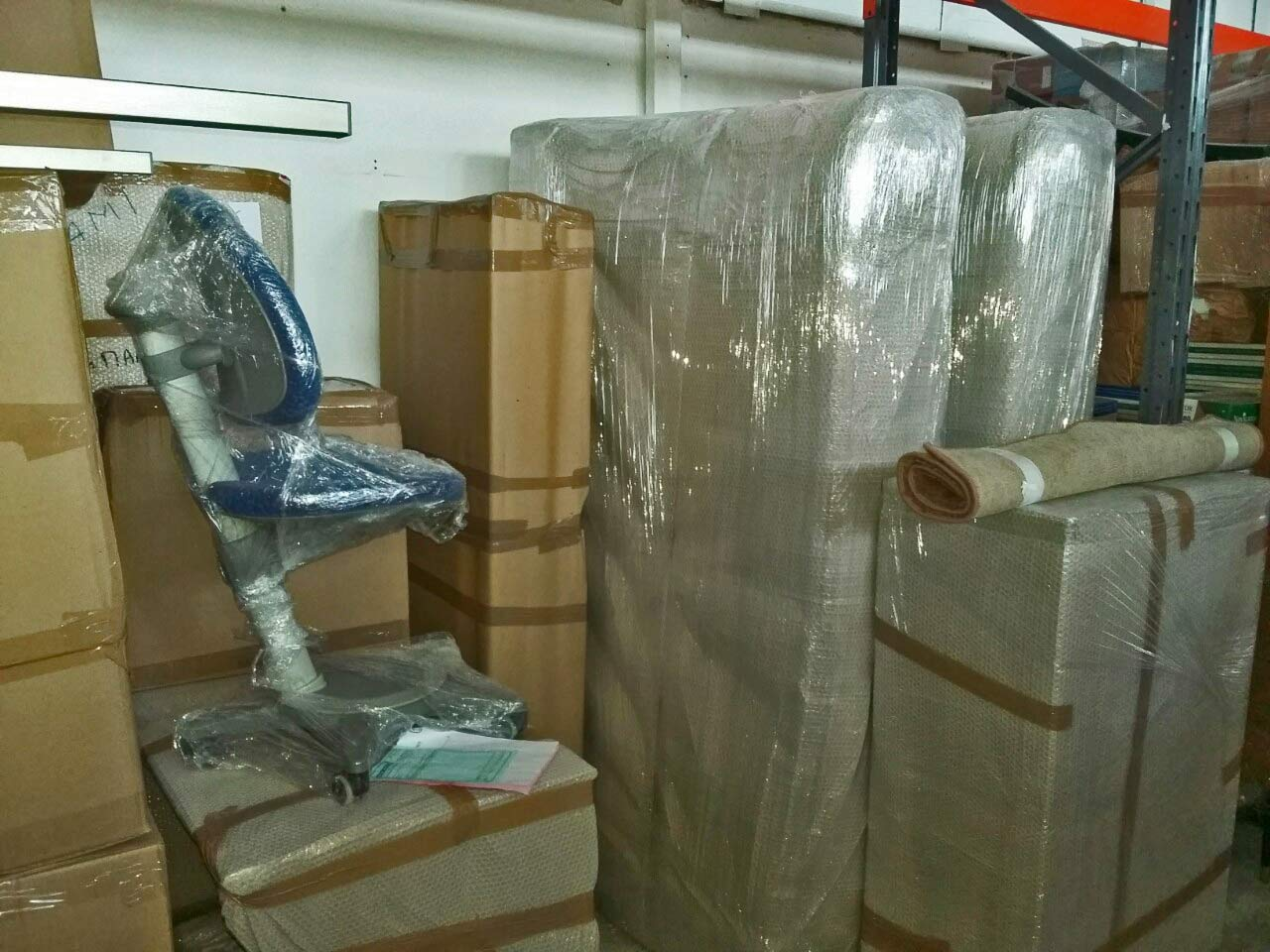 Αμπαλάρισμα κατά τη συσκευασία οικοσκευών